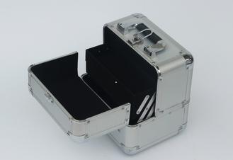 China Silver Aluminum Beauty Case For Beauty Belongs supplier