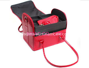 China Red Beauty Travel Cosmetic Bags , Crocodile Leather Cosmetic Train Case supplier