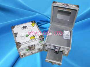 China Durable Aluminium Cosmetic Case Professional Makeup Box Gary Lining Inside supplier