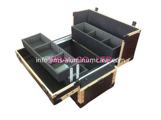 China Black Fireproof Panel Makeup Carrying Case , Durable Aluminium Vanity Case supplier
