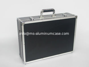 China Aluminum Stander Tool Box 18*13*6 inch, Tool Transport Case With Shoulder Strap Easy For Carry supplier
