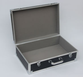 China Large Empty Aluminum Hard Case Lockable Easy Cleaning 520 X 330 X 200mm factory