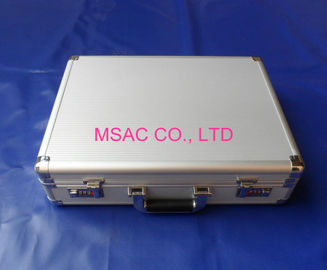 China Easy Carrying Custom Gun Cases , Aluminum Rifle Case For Protect Guns factory